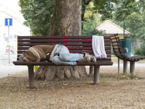 caldwell-homeless-bench